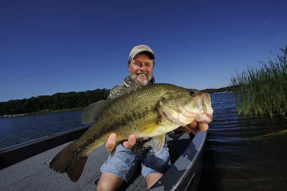 Largemouth Bass Prespawn Tactics