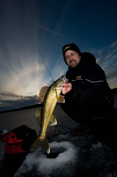 walleye ice stick anglingbuzz walleyes early softly carry walk